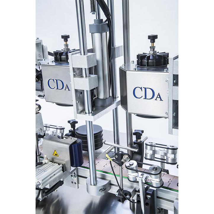 machine d'étiquetage et de sertissage automatique pour bouteille vin r1000 r1500 mixte cda usa