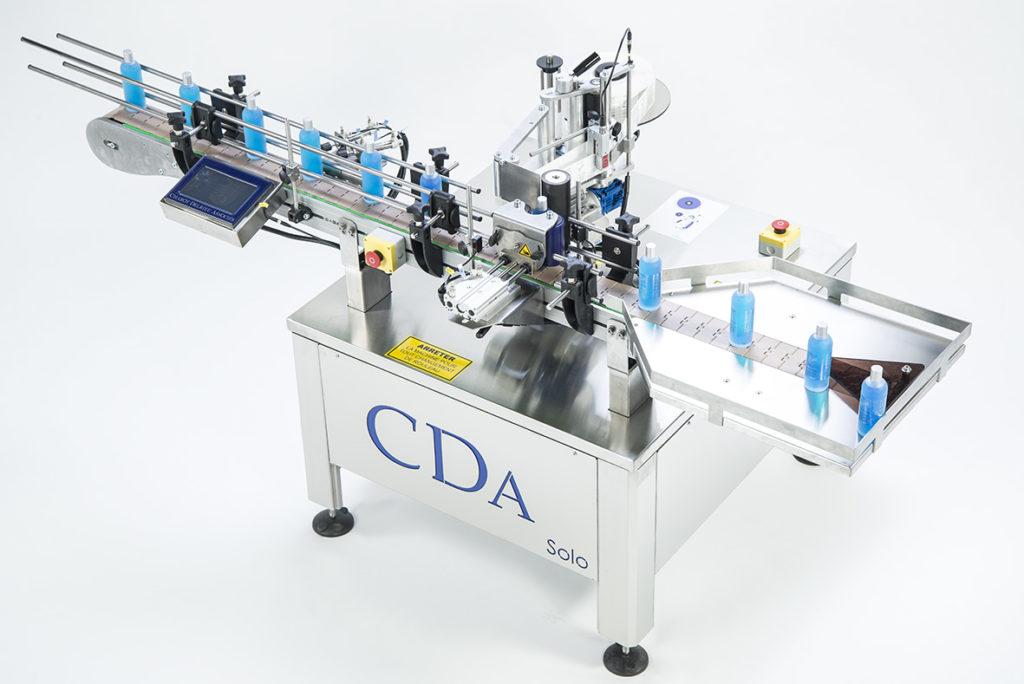 gamme solo etiqueteuse automatique bouteille CDA