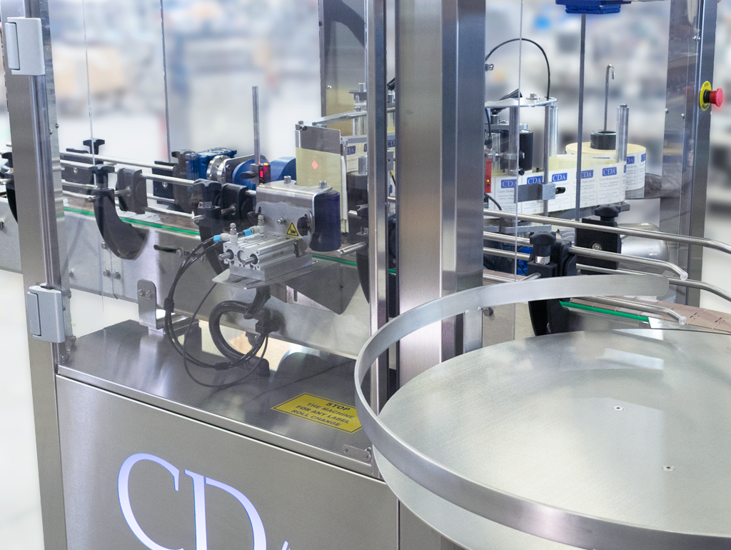 twins-cda-enclosed-labelling-machine